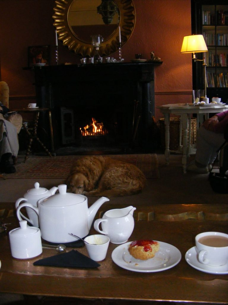 Teatime in Prince Hall nahe Postbridge