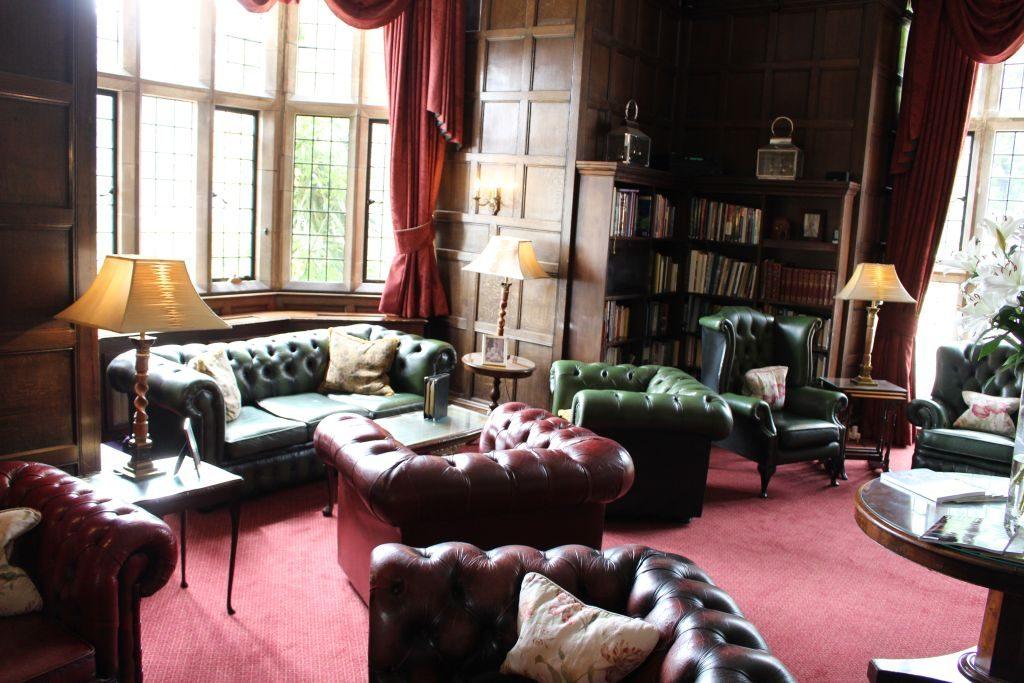 Erlesene Umgebung im Herrenhaus für einen Afternoon Tea