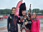 103 km walking challenge, David und Lea am Start
