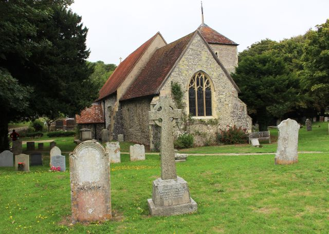 Kirche in East Dean, nahe dem South Downs Way