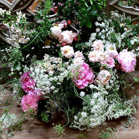 Blumen rosé und weiß